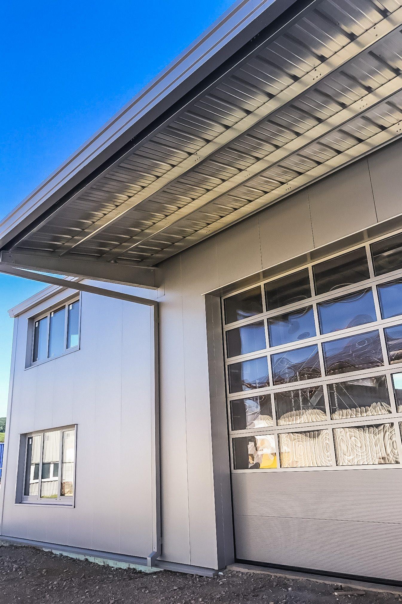 Richtig glänzen mit Metallfasaden und Stahlkonstruktionen