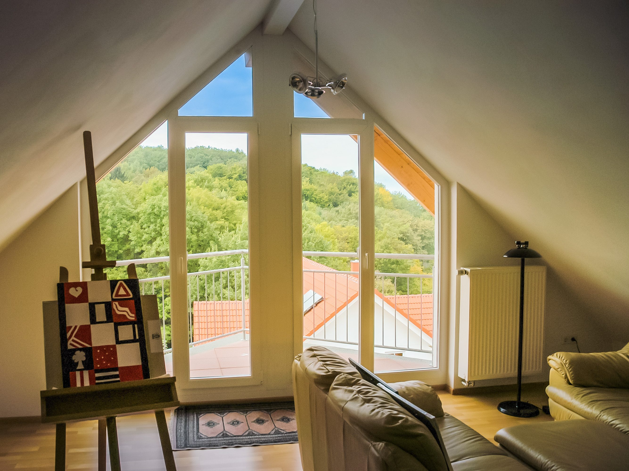 Wohnen unterm Dach – Räume perfekt nutzen, Aussicht genießen