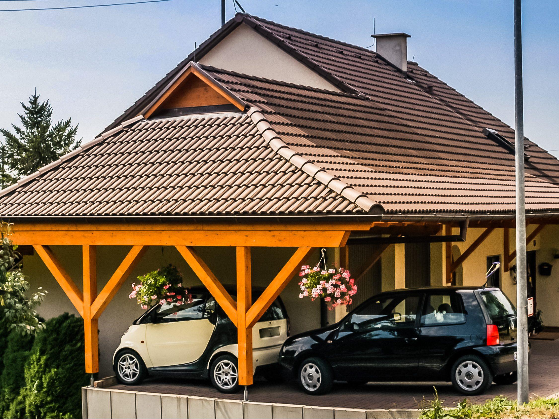 Holzcarport